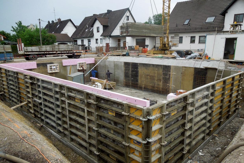 Der keller wird verschalt baublog wir bauen unser for Keller bauen